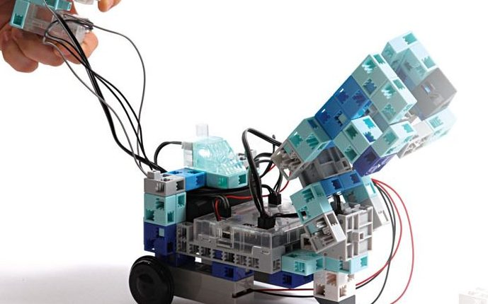 logiciel de programmation robot